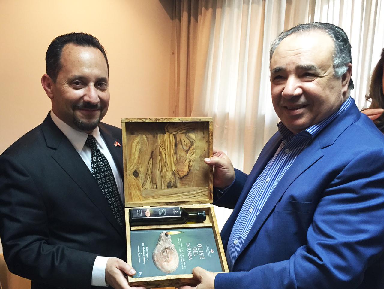 (Français) L'Ambassadeur des USA à Tunis en visite à Sfax et à la CCIS